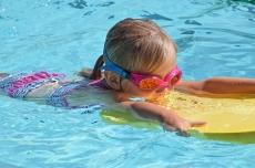 Consejos para el mantenimiento de piletas de nataci贸n